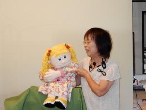 よっしーちゃん演じる「エミリー1年生なの」